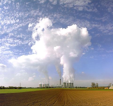 drax-power-station-CO2-emmissions-coal-burning-power-uk
