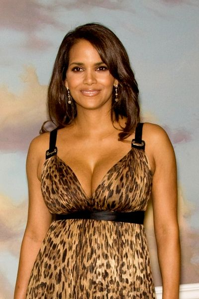 halle-berry-voted-sexiest-woman-alive