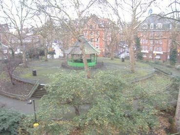 london-shoreditch-arnold-circus-e2-boom-area