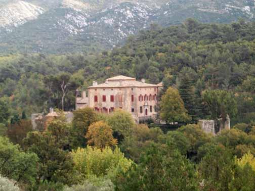 picassos-house