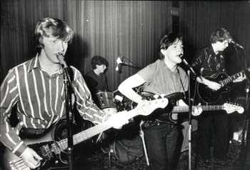 poor-howard-robert-holmes-joined-red-guitars
