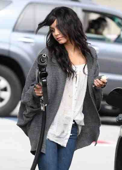 Vanessa Hudgens - gas pump - Peak Oil